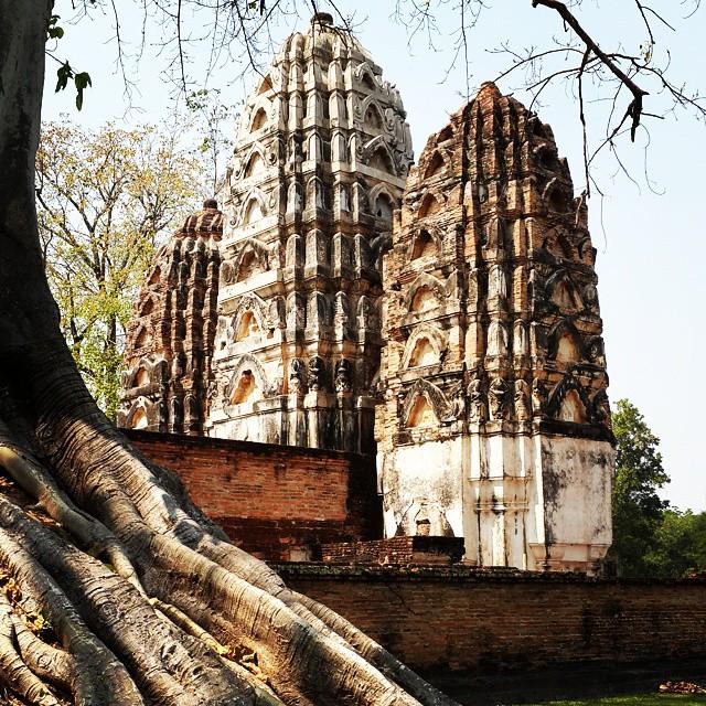 Wat Si Sawai #Sukhothai #roadtrip2015