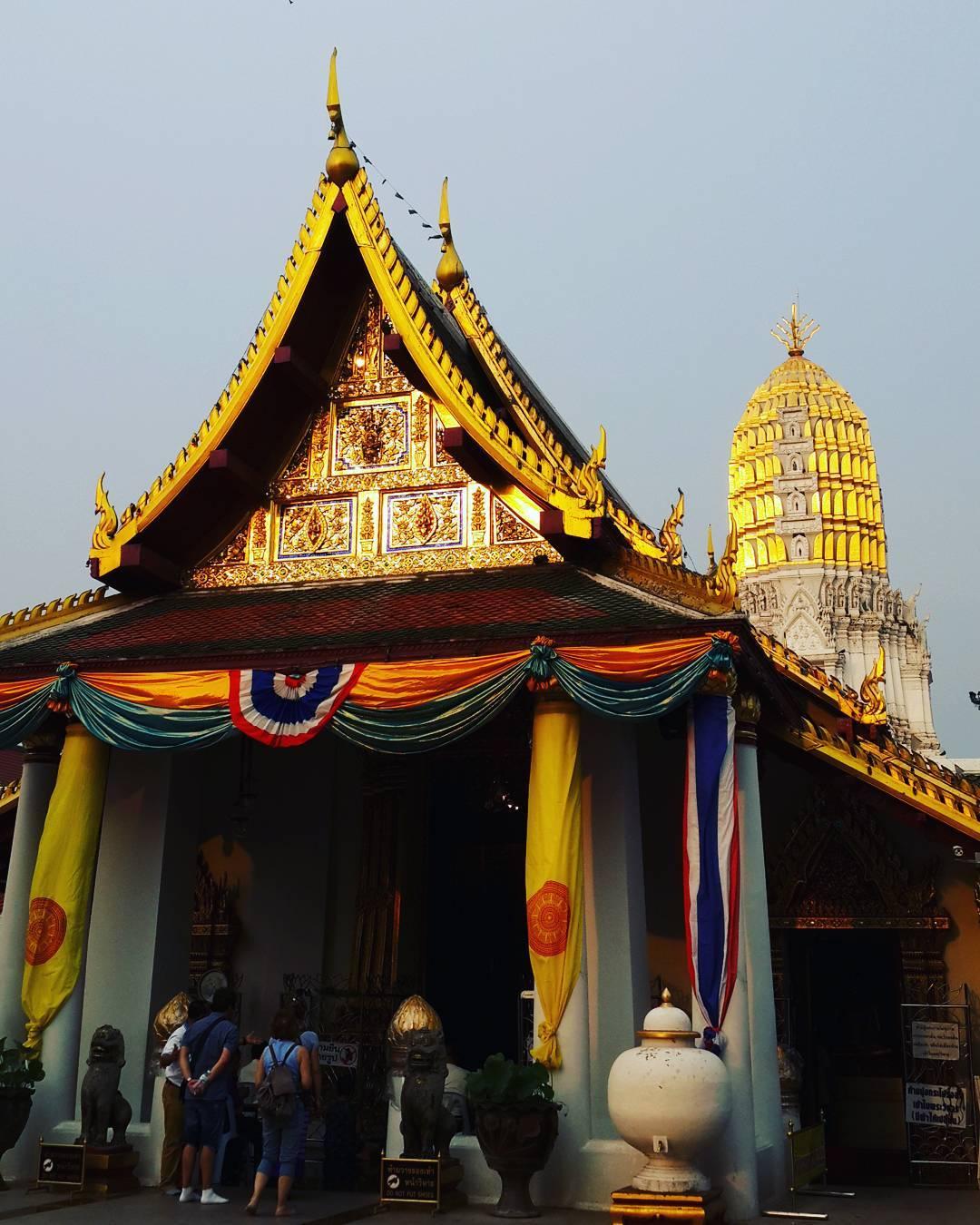 วัดพระศรีรัตนมหาธาตุฯ (วัดใหญ่) Wat Phra Sri Rattana Mahathat (Wat Yai)  http://4sq.com/9Buvvp