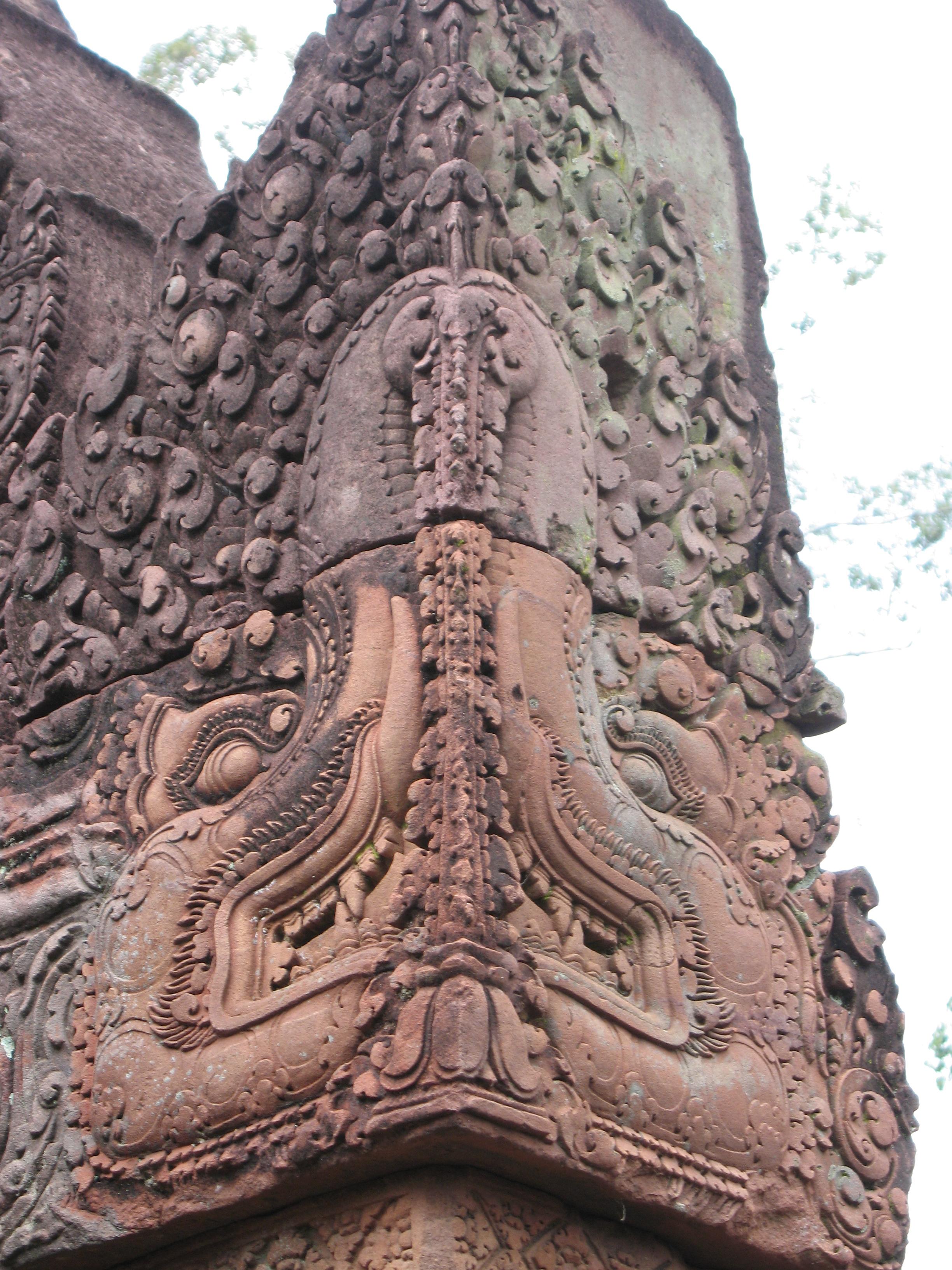 Banteay Srei stone elephants